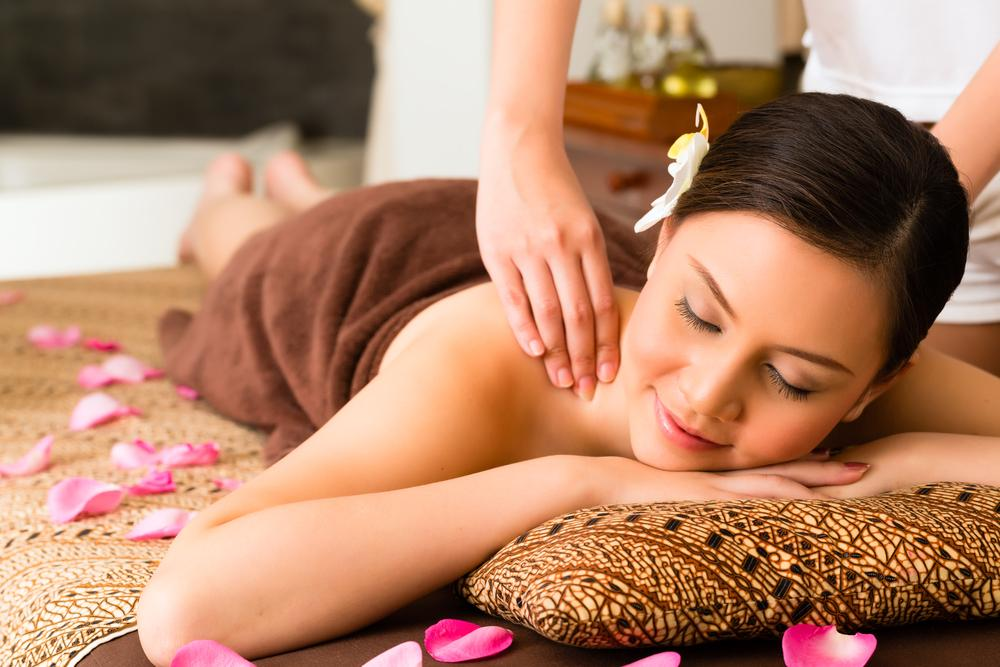 Làm sao để cảm xúc thăng hoa với massage toàn thân hoàn hảo?