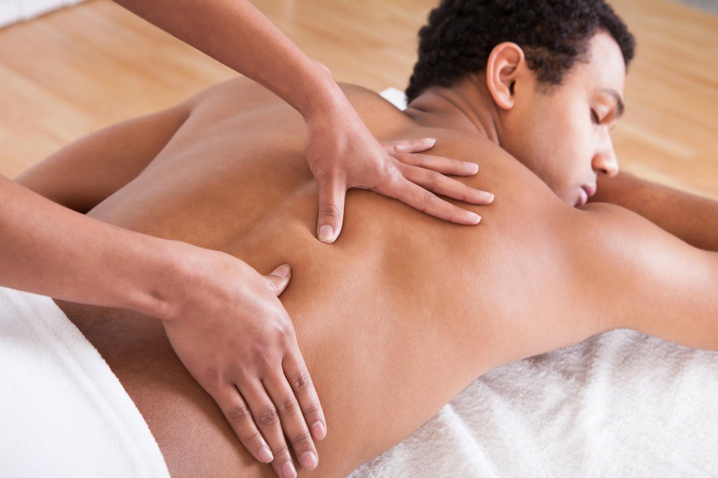 Bạn nên chọn nơi chăm sóc đau lưng bằng tiêu chí nào?
