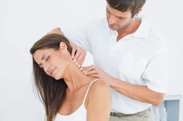 Bạn hiểu tác hại của đau vai gáy chưa?
