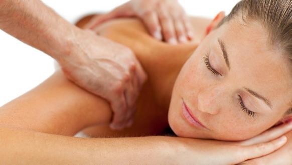 Bấm huyệt khi massage nhiều có tốt hay không?