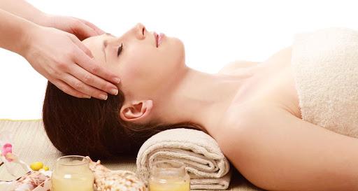 Massage bấm huyệt có thể hỗ trợ điều trị bệnh gì?