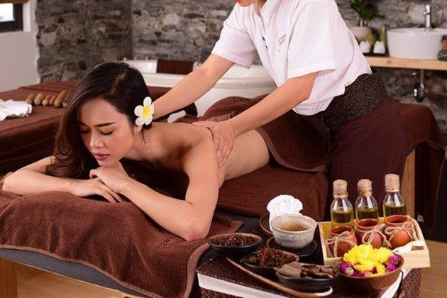 Văn hóa của người Nhật thể hiện như thế nào trong bài massage của họ?