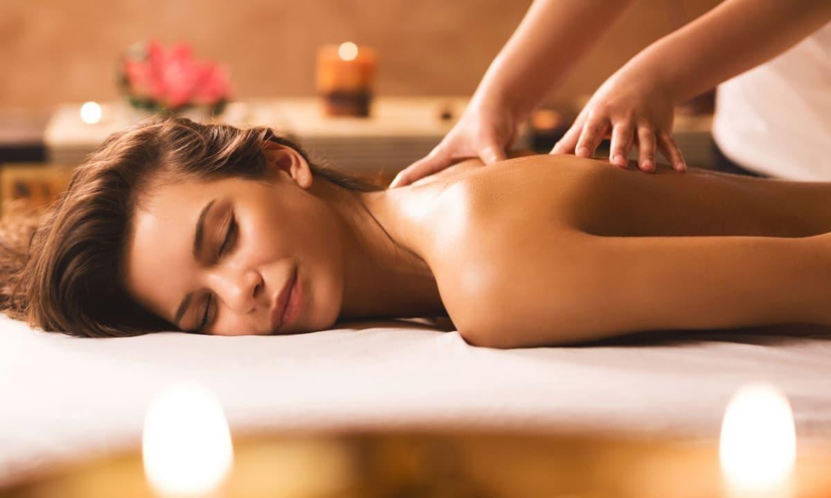 Thủ thuật massage bấm huyệt mang lại hiệu quả trị bệnh ra sao?