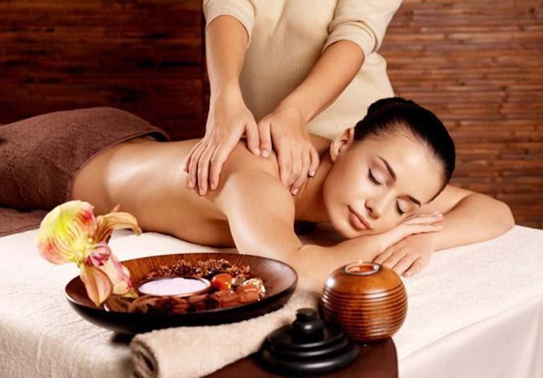 Muốn massage toàn thân nên chọn địa điểm như thế nào