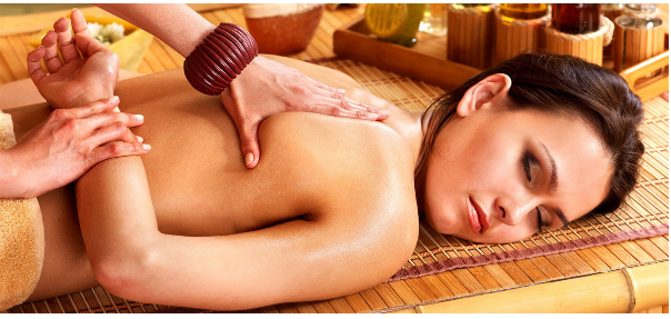 Ấn tượng với kỹ thuật của người Thái trong massage thư giãn