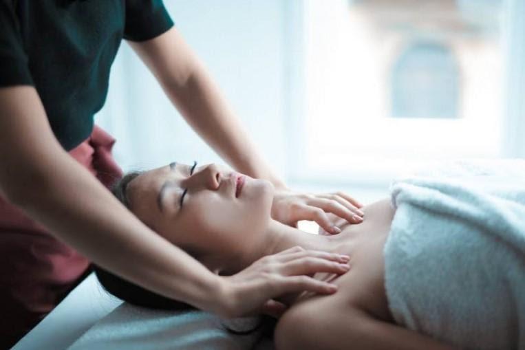Massage toàn thân đơn giản nhưng làm sao để đúng cách?