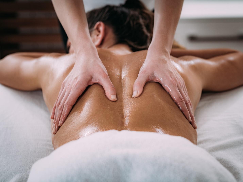 Xoa bóp từng bộ phận khi massage khác nhau thế nào?