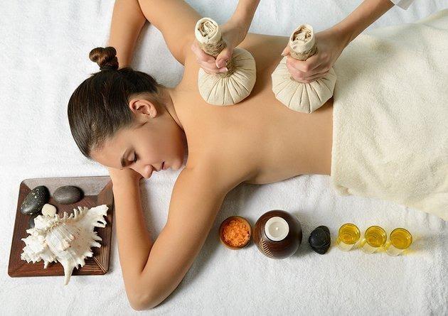 Hiệu quả việc chạm phớt qua trong massage Thái